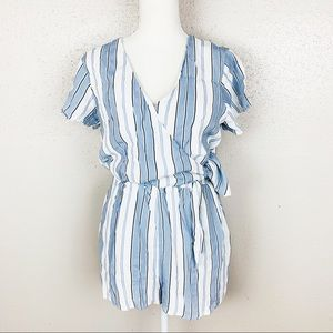 Everly Surplice Neck Side Tie Striped Romper Small